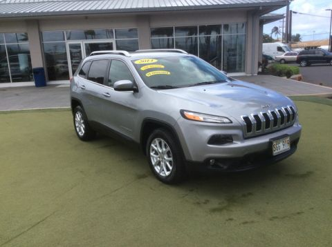 Pre-Owned 2014 Jeep Cherokee Latitude Front Wheel Drive SUV