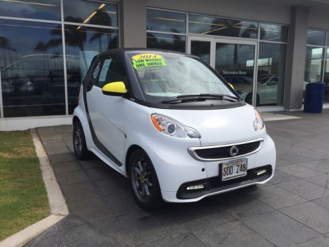 Pre-Owned 2014 smart fortwo Passion Rear Wheel Drive Coupe