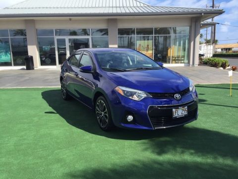 Pre-Owned 2015 Toyota Corolla S Front Wheel Drive Sedan